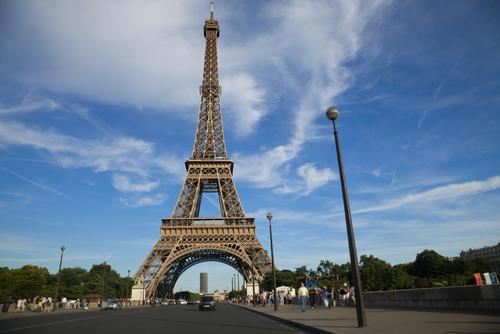 Billetes a 110 euros para la noche blanca de par s for Pasajes aereos barcelona paris