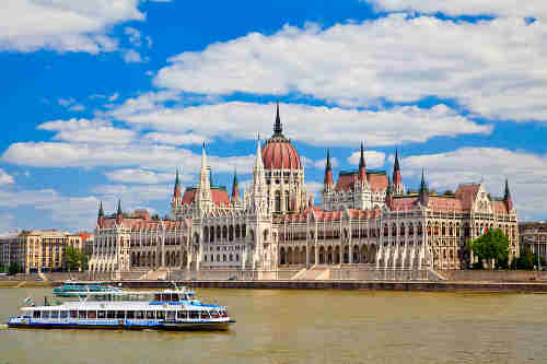 vuelos a Budapest