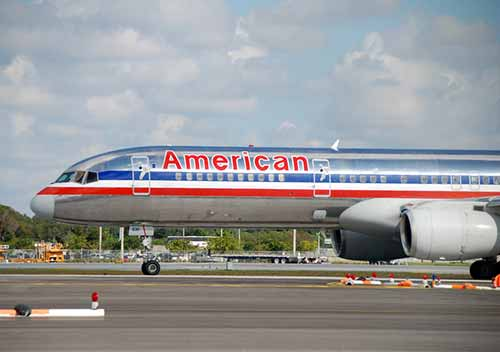 American-Airlines_Depositphotos_24979087_s